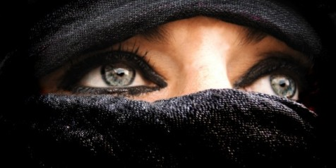 Woman-in-Burka-620x310
