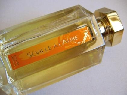 lartisan-parfumeur-seville-a-laube-02
