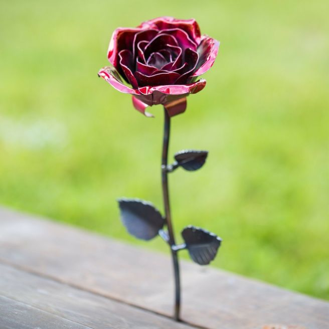 hand-forged-wrought-iron-red-metal-rose-_57 (4)